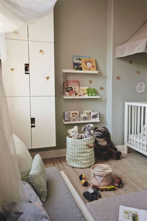 Wandschrank Kinderzimmer by Die Besten 17 Ideen Zu B 252 Cherregal T 252 R Auf