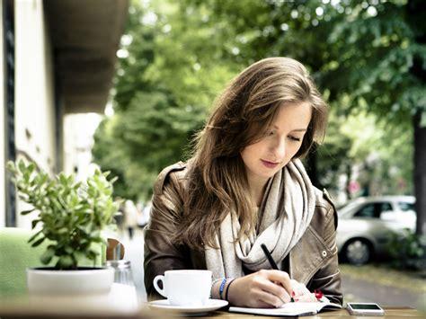 Schriftzug Frau by Novelists Tips On How To Write A Book