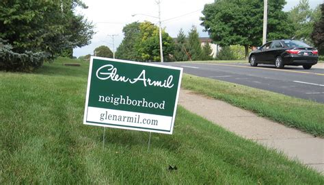 backyard signs glen armil meeting draws attention to nextdoor glen