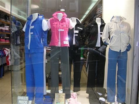 ropa polo femenil y varonil deportiva femenil comercial deportiva balones y