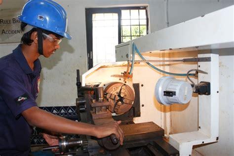 machining gram tarang employability training services