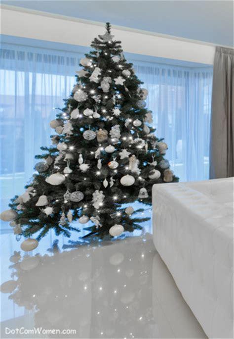 where did decorating at christmas begin dot com women