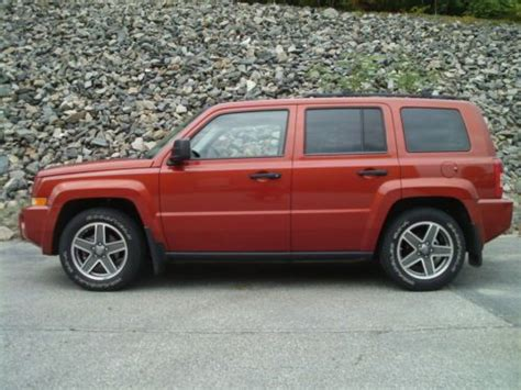 jeep patriot seats find used 2009 jeep patriot 4wd with sunroof heated seats