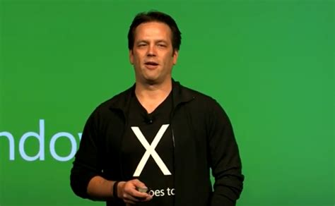 phil spencer apologizes for gdc party hosted by xbox game rant microsoft entschuldigt sich f 252 r gdc party mit sexy
