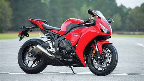 cbr1000rr 2015 honda cbr1000rr review specs pictures videos