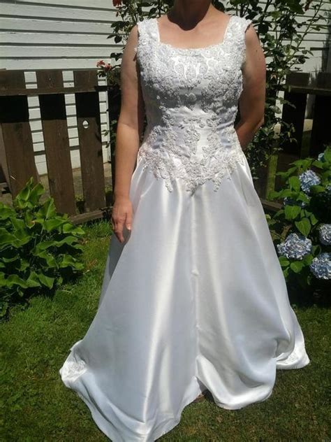 comfortable wedding dress beautiful comfortable wedding dress saanich victoria