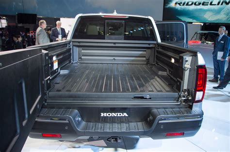 honda ridgeline bed size 2017 honda ridgeline in bed trunk 2017 2018 best car