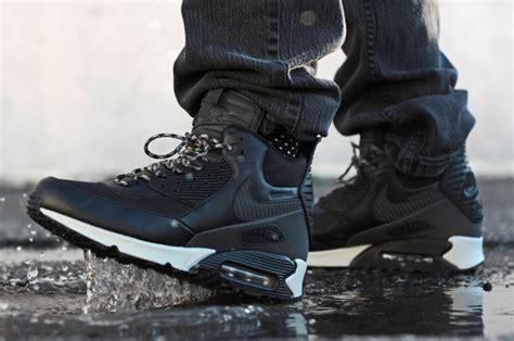 Sepatu Sneaker Nike Airmax Boot High Waterprof 1 nike air max 90 sneakerboot wntr black the sole supplier