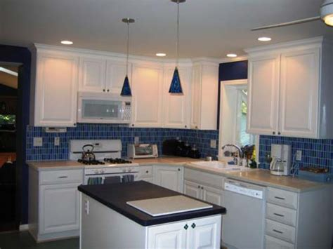Backsplash Tile Ideas Small Kitchens Perfect Kitchen Tile Backsplash Ideas With White Cabinets