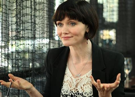 essie davis hairstyle stage actress cast in game of thrones season 6