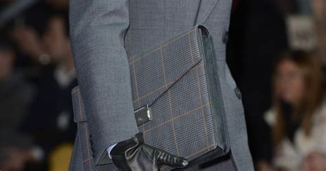 pin 2013 emporio armani saat modelleri on pinterest emporio armani men fashion fall winter 2013 14 real