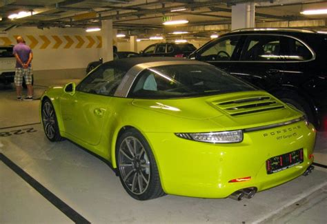 porsche 911 green porsche 911 targa 4s spotted in lime green