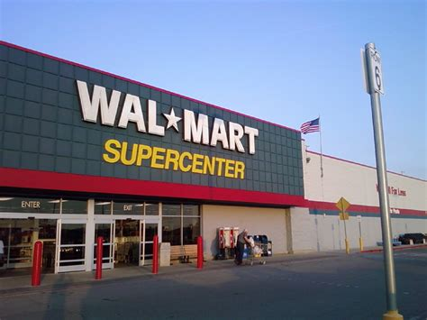 walmart com wal mart knoxville iowa store front a photo on