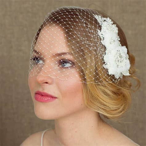 7 Birdcage Veils To Rock For Your Wedding by Wedding Birdcage Veil With Lace 9 Inch Bridal Bandeau