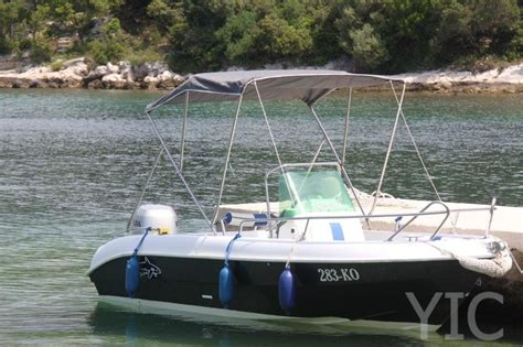 tiburon boats small boat charter tiburon 550 rent a small boat in