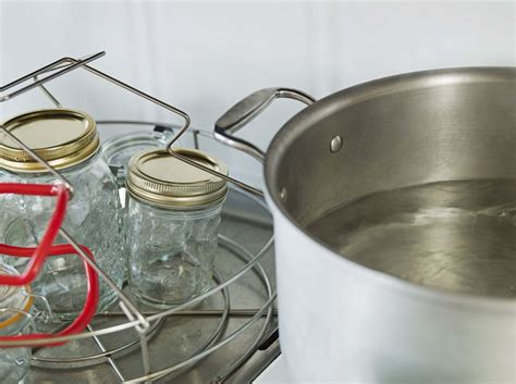 how to properly sterilize canning jars