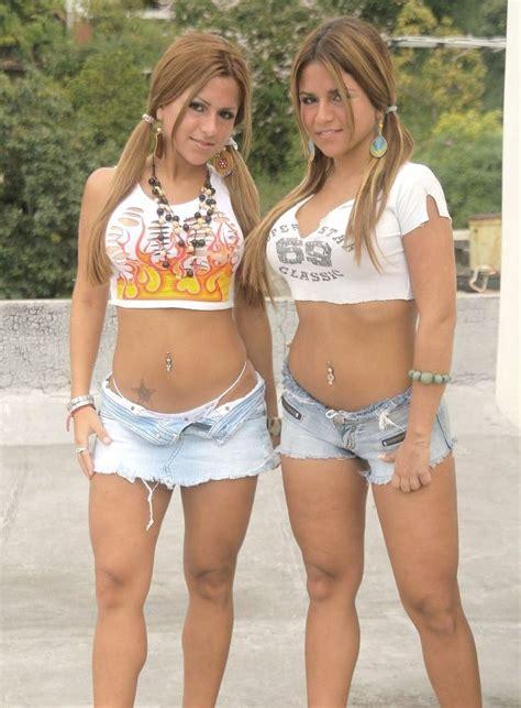 little budding pokies gallery teen pokies or buds naked college girls