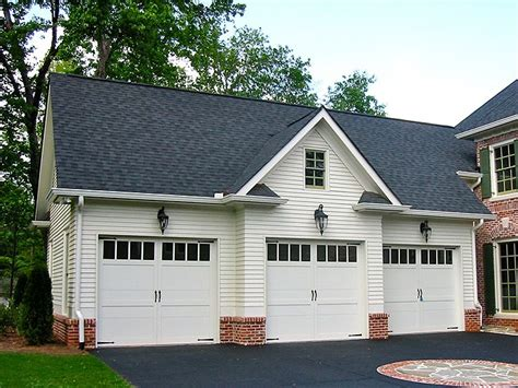 3 bedroom carriage house plans 3 car garage house plans 3 bedrooms 1701 2250 square feet house plan w2671 detail