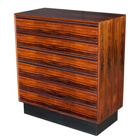 6 Drawer Dressers by Rosewood Six Drawer Dresser By Westnofa At 1stdibs