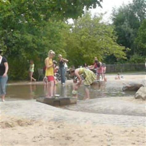 Britzer Garten Buckower Damm by Wasserspielplatz Im Britzer Garten Parks Buckower Damm