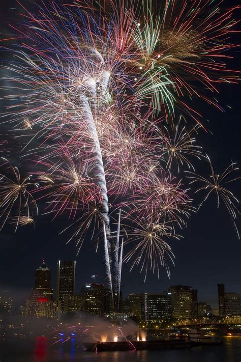 new year celebration portland oregon 17 best images about fireworks on happy canada