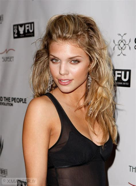 boats n hoes catalina wine mixer annalynne mccord it s the f ing catalina wine mixer