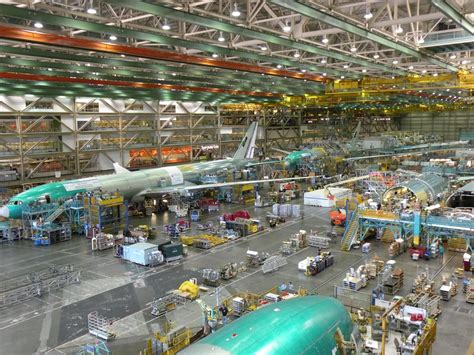 Going To Boeing Everett Everett by Possible Reasons Boeing Plans 777x Design Outside Of