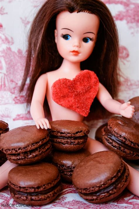 Antoinette Mania Heres A Fix by Chocolate Macarons Expedia Maison Cupcake