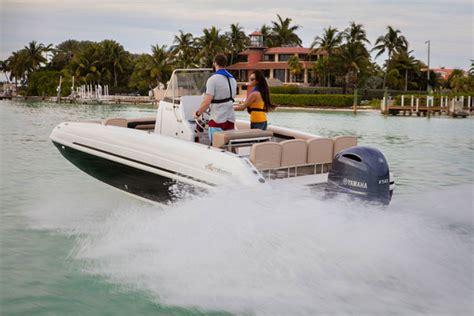 deck boat reviews hurricane cc 21 ob center console deck boat delight