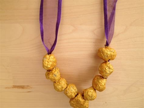 Paper Pulp Craft - paper mache jewellery necklace craft