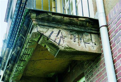 balkon undicht sanieren vorsicht absturzgefahr balkonsanierung an wohnh 228 usern aus