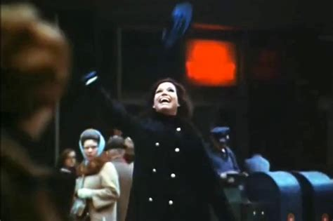 mary tyler moore picture 19 opening night of the mary tyler moore the story behind mary tyler s moore s
