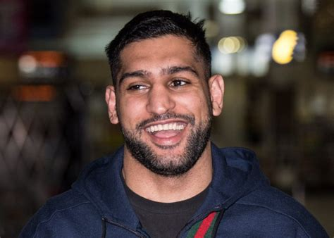 amir khan celebrity jungle amir khan plans to be i m a celeb peacemaker as he swaps