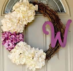 Diy Wreaths by 15 Diy Spring Wreaths Inspiration Picklee