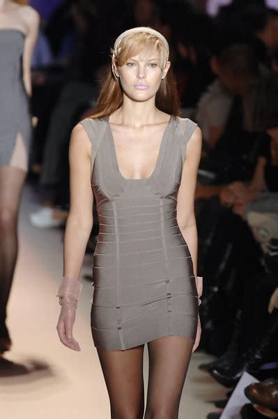 Herve Leger Fall 2008 by Herv 233 L 233 Ger By Max Azria Fall 2008 Runway Pictures