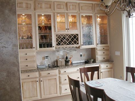 Cabinet Refacing   looking for firsthand experiences
