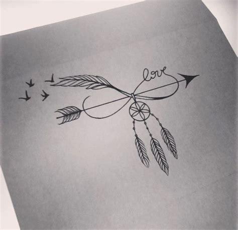 tattoo family endless love modele tatouage oiseau avec dreamcatcher et mot tatouage