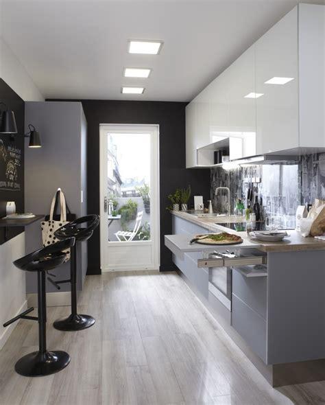 cuisine 9m2 avec ilot une cuisine contemporaine au style 233 pur 233 leroy merlin