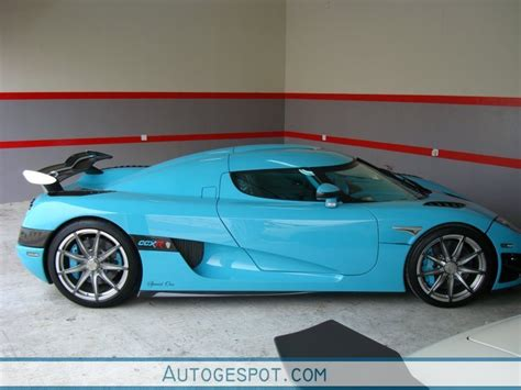 light blue koenigsegg koenigsegg ccxr 12 january 2010 autogespot
