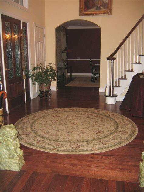 runder teppich flur kleine runde teppiche sehen so s 252 223 aus