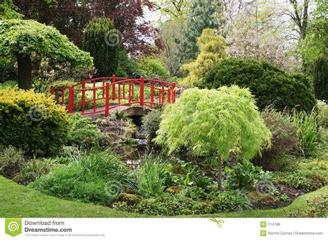 tuin prins charles de prins van wales steunt het jaar van de engelse tuin
