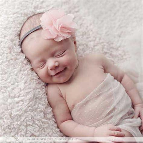 Jilbab Bayi Baru Lahir foto anak bayi yang lucu dan menggemaskan terbaru