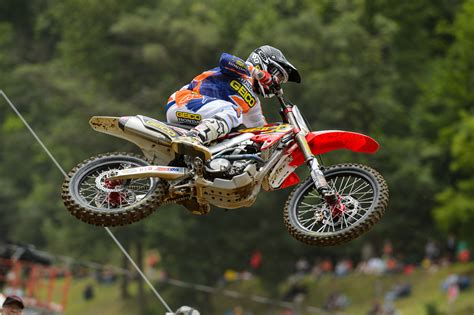 motocross racing for dirtbike moto motocross race racing motorbike honda lc