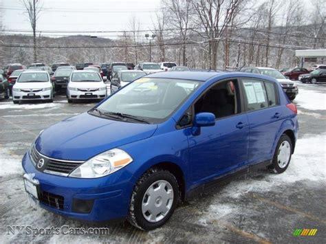 nissan versa blue 2009 2009 nissan versa 1 8 s hatchback in blue metallic photo