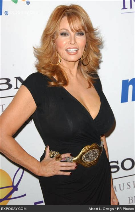 who does lucy davis look like stumptownblogger raquel welch is 69 years young today