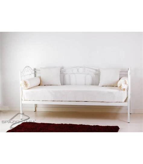 divano letti divano letto in ferro battuto flora