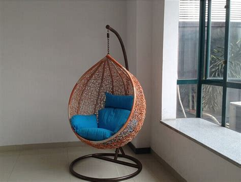 Oval hammock chair stand made from natural rattan nytexas