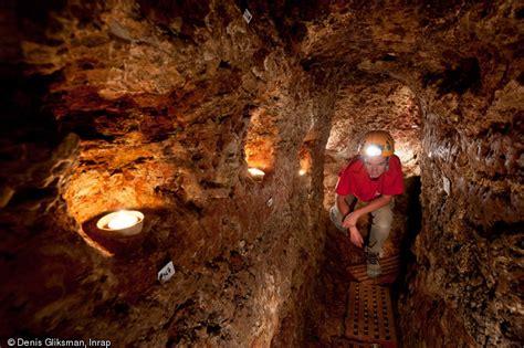 souterrain definition souterrain m 233 di 233 val d 233 couvert 224 sublaines indre et loire
