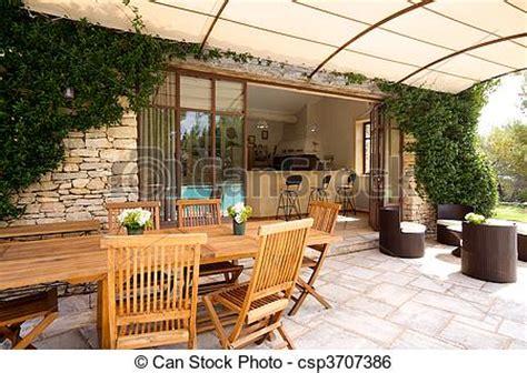 luxus terrasse stock bild luxus terrasse drau 223 en a sch 246 ne haus