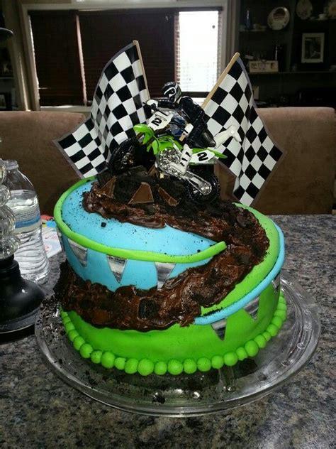 motocross bike cake 1000 ideas about motocross cake on pinterest dirt bike